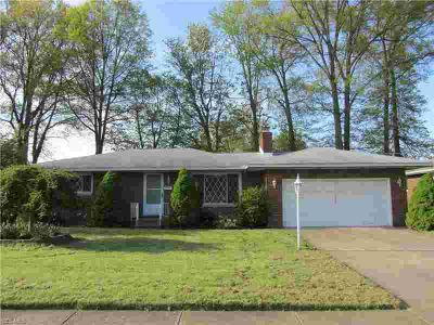 1208 Bell Ct ELYRIA, ***Homepath Property*** Spacious two