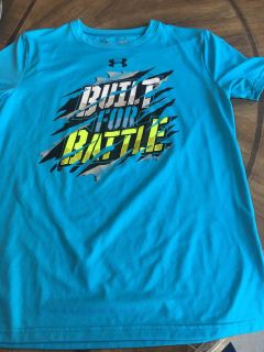 Underarmour youth large dri fit shirt