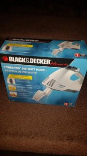 New / Hand Held Black & Decker Appliance Electric Mixer
