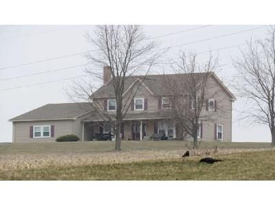 4 Bed 2 Bath Foreclosure Property in Germansville, PA 18053 - Buckery Rd