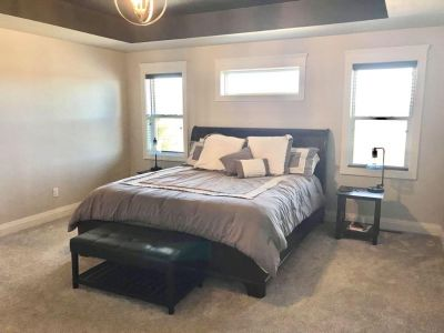 King Wood Sleigh Bed