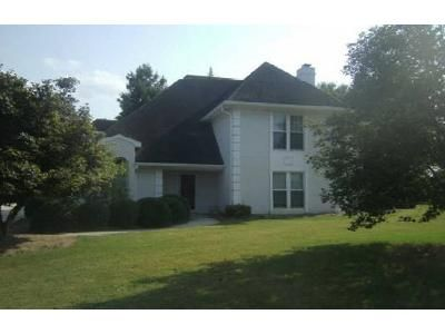 4 Bed 2.5 Bath Foreclosure Property in Conyers, GA 30094 - Golfcrest Dr SE