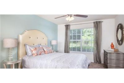 Beautiful Panama City Beach Apartment for rent. Parking Available!