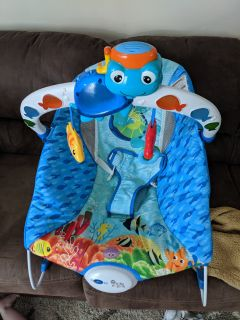 Baby Einstein Bouncer with music and vibration