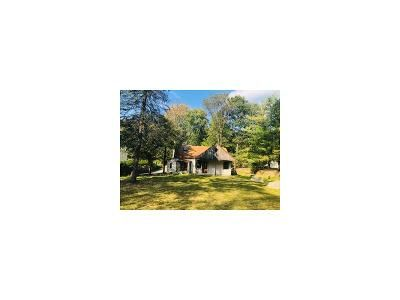 2 Bed 2 Bath Foreclosure Property in Franklin Lakes, NJ 07417 - George St