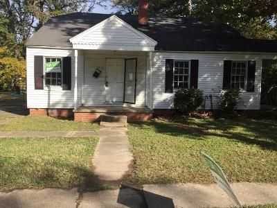 3 Bed 2 Bath Foreclosure Property in Pine Bluff, AR 71603 - W 30th Ave