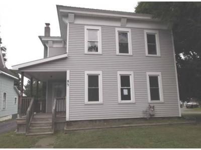 3 Bed 1.5 Bath Foreclosure Property in Phoenix, NY 13135 - Lock St