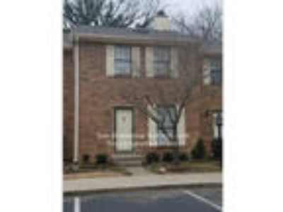 2 BR Townhome Available in Hermitage!