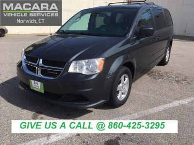 2012 Dodge Grand Caravan SXT (Dark Charcoal Pearl)