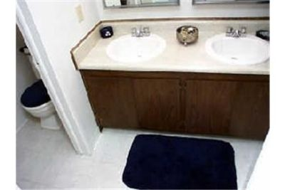 Apartment for rent in Ypsilanti. Parking Available!