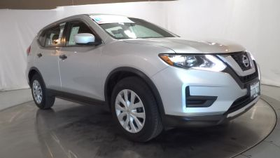 2017 Nissan Rogue S (SILVER)