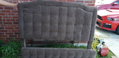 FREE QUEEN SIZE BED FRAME!!