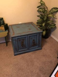FANTASTIC!! Vintage side table/cabinet - repainted rustic turquoise