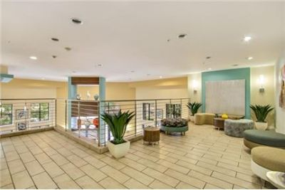 Bright Encino, 1 bedroom, 1 bath for rent. Parking Available!