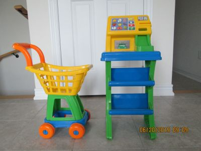 Cashier Stand and Shopping Cart
