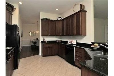 House only for $2,600/mo. You Can Stop Looking Now. Washer/Dryer Hookups!