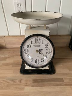 NWT clock scale