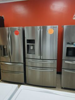 Samsung French doors stainless steel refrigerator excellent
