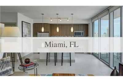 In the center of it all is Downtown Miami luxurious apartments. Parking Available!