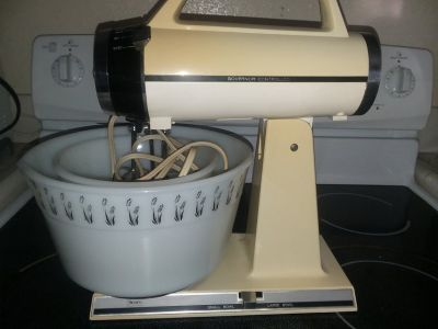 Sears stand up governor controlled blender