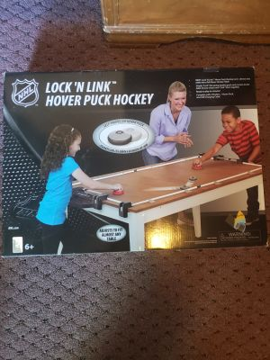 Table top hover puck hockey
