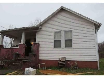 3 Bed 1 Bath Foreclosure Property in Clarksburg, WV 26301 - 6 Box 51