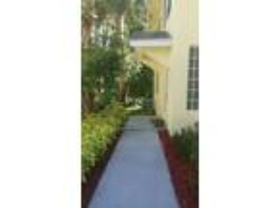 Townhouse For Sale by Owner in Boynton Beach