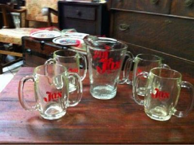 $88 JAX Brewery Beer pitcher and mugs (Biloxi)