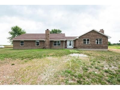 4 Bed 4 Bath Foreclosure Property in Odessa, MO 64076 - NW 1001st Rd