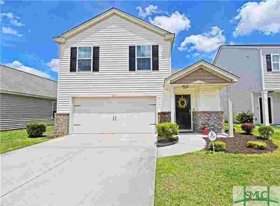 105 Davila Street HINESVILLE Four BR, Patio style home located
