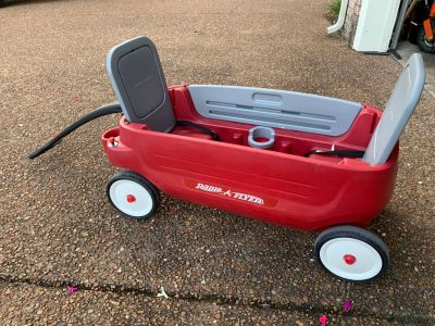 Radio flyer wagon must pickup off shutes lane