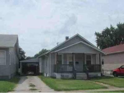 3 Bed 1 Bath Foreclosure Property in Granite City, IL 62040 - Myrtle Ave