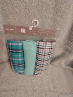 $10 NEW Old Navy 3 pack men's boxers large