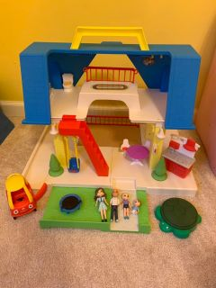 Little Tikes Place Doll House with Accessories