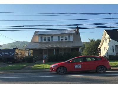 3 Bed 1 Bath Foreclosure Property in Milton, WV 25541 - W Main St