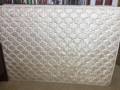 Full/Double Mattress and Box Spring