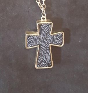 Cross necklace and earring set. Meet in Angleton only.