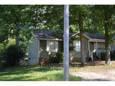 3 Bed 2 Bath Preforeclosure Property in Bessemer, AL 35023 - 25th Ave N