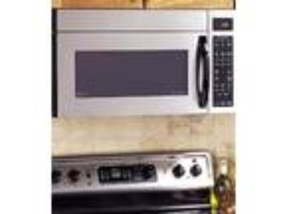 GE Profile Spacemaker xl1800 stainless steel Microwave