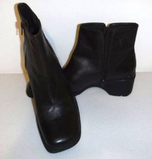 New! Sz 10M Liz Claiborne Flex Brown Ankle Boots