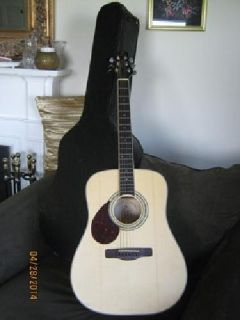 Acoustic Greg Bennett D5 LH Guitar w/ Hard Case