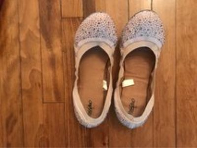 Size 8-9.5 flats, sandals, and ballet slippers