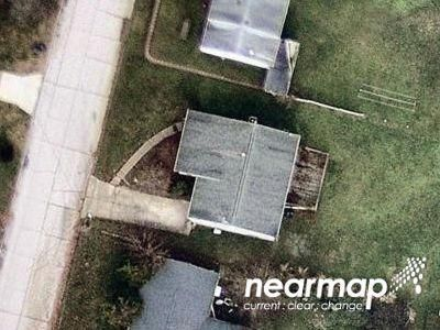 3 Bed 1.0 Bath Preforeclosure Property in Parkersburg, WV 26104 - Lincoln St