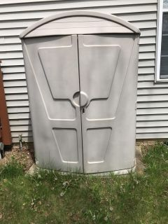 Step Two High Boy garden shed $40