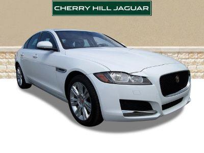 2016 Jaguar XF 35t Premium (Polaris White)
