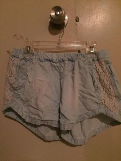 Mossimo Stretchy w/ Lace Shorts