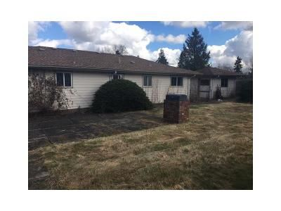 3 Bed 1 Bath Foreclosure Property in Kent, WA 98031 - SE 213th St