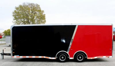 2019 24' Sharp 2-Tone Enclosed Trailer Blk/Red