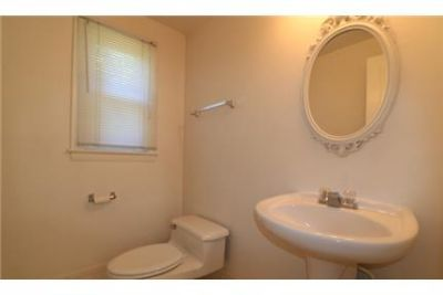 5 Bed, 2. 5 Bath/ 1st Floor M Suite / Bethesda Whitman District
