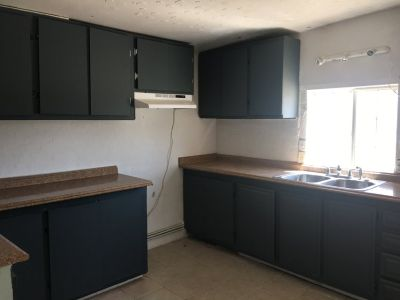 Barstow 3 bed 2 bath single house for rent